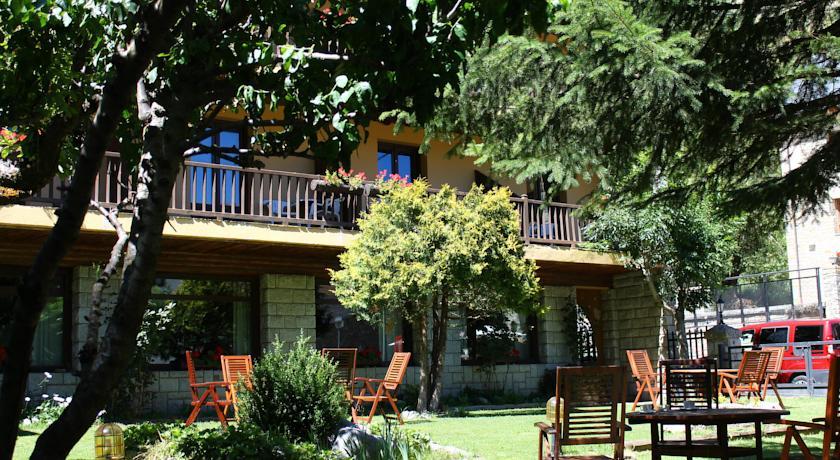 Jardín Hotel Saurat